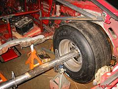 The mocked up axle in the car