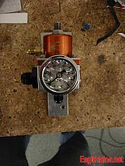 SX Fuel pressure regulator, with custom mount